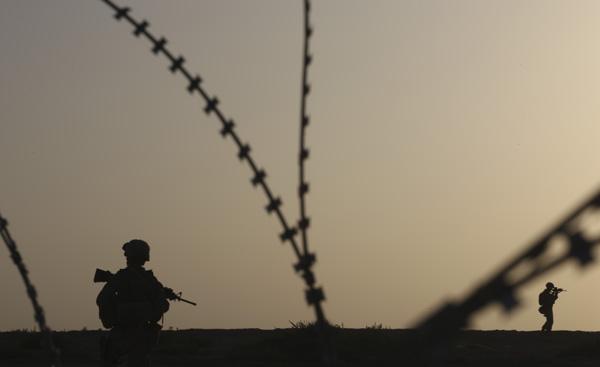 奥巴马下达执行阿富汗新战略命令