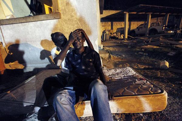 海地强震遇难人数可能高达10万
