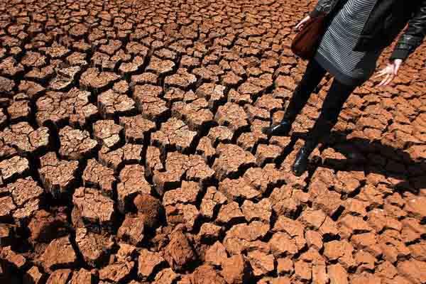 云南多州市遭遇60年不遇特大干旱