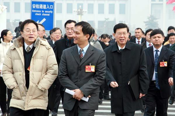 政协开幕式上的代表们