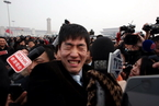 刘翔政协会议遭记者围堵