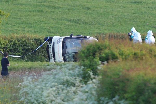 英国出租车司机枪杀路人致13死25伤