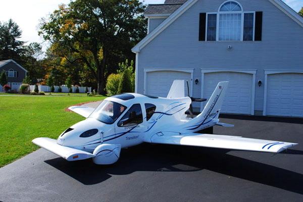 由美国Terrafugia公司研发制造的会飞的汽车(Transition)。 CFP _美国会飞的汽车将量产 售价约19.4万美元