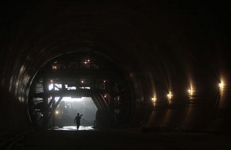平潭人靠挖隧道发家,重要秘诀在于成本低廉。安心/CFP