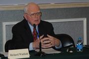 Richard Winfield谈美国记者在采访过程中面临的法律危险