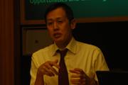 《华尔街日报》亚洲版前任主编,《南华早报》主编Reg Chua