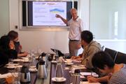 丹麦能源公司DONG Energy副总裁、丹麦气候变化委员会代表Knud Pedersen