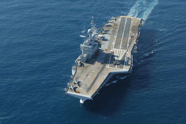 法国戴高乐号中型核动力航空母舰。 CFP  _全球现役航母一览 美国超半数