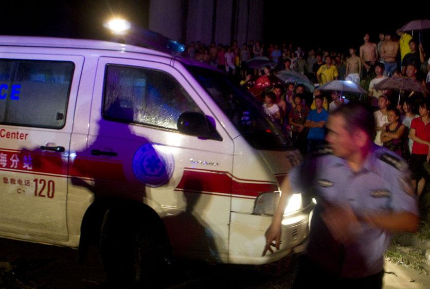 温州动车追尾事故死亡人数升至33人