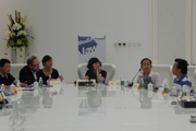 圆桌讨论:新闻媒体在网络时代的法律挑战