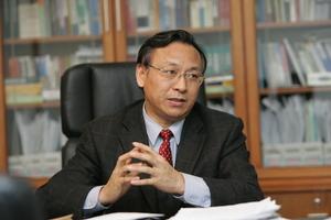 江必新任最高法党组副书记