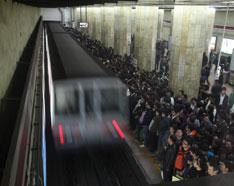 北京地铁运营效率在国内属较高,为2.22万人/日公里。
