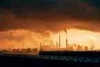 """重霾之下 企业排放数据如何""""花样造假""""?"""