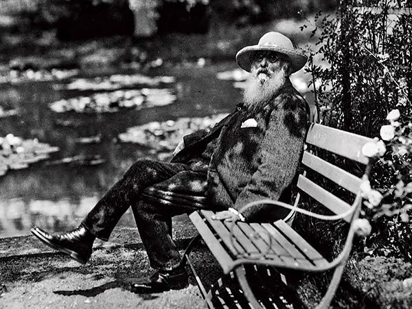 更在他一生中最好的一批作品中描绘了吉维尼的花草,树林,水池和小桥.