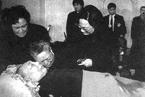 【视频】1997年举国哀悼邓小平逝世