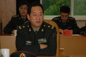 周皖柱升任第12集团军政委
