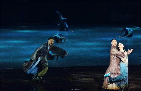 田沁鑫:做戏,造禅