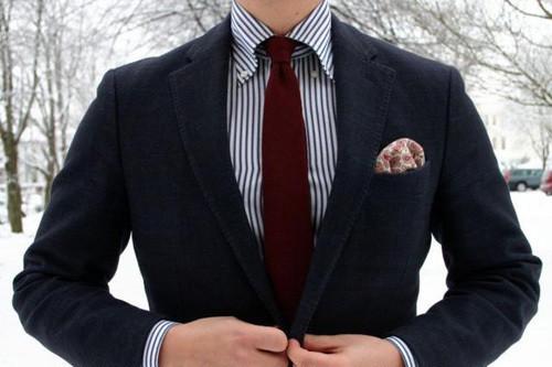 结婚领带颜色_结婚当天黑色西服配什么颜色的衬衫和领带