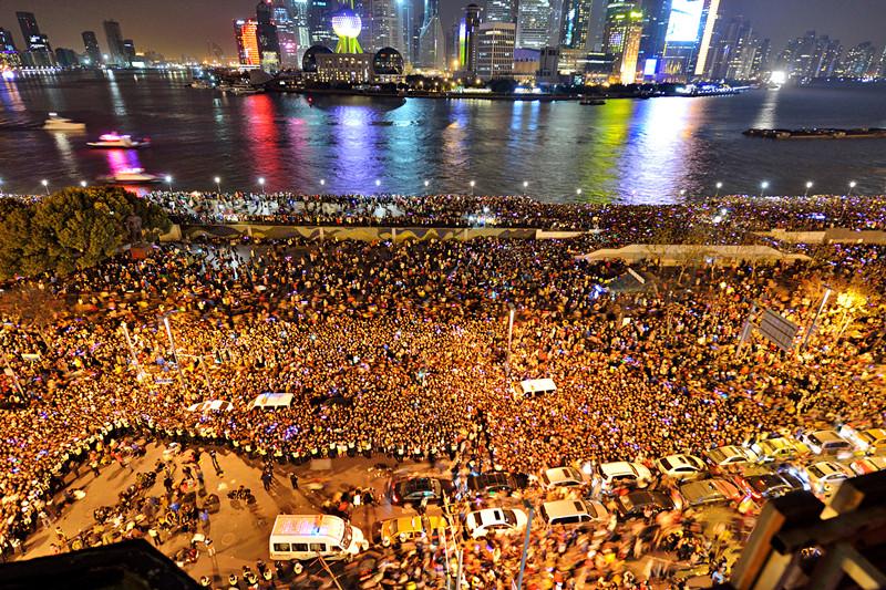 """上海市委书记韩正说,""""外滩拥挤踩踏"""
