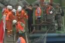 沉船现场  北岸码头搭建救援通道