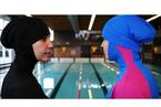法国禁止布基尼泳装:穆斯林社群再成焦点