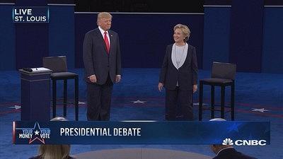 【美国大选辩论第二场】特朗普希拉里开场不握手
