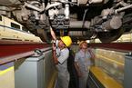 动车维修井喷增长 铁总再吞中车利润空间