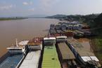 湄公河航运萧条 船只滞留数月苦等上货