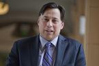 加拿大安省官员:探索新的投资移民政策