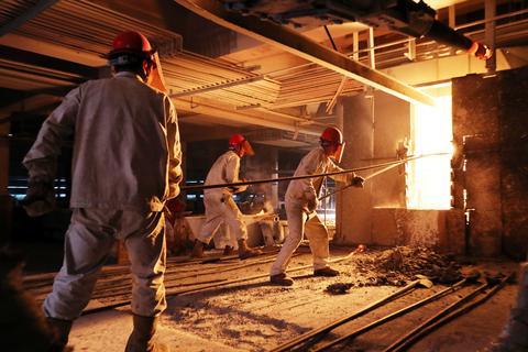 行业专家:2017年钢铁行业将回调