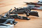 枪支鉴定标准争议不断 多起案件引发关注