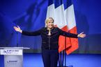 法国大选:极右翼勒庞续领跑 马克隆菲永争出线