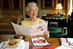 """英女王""""长寿秘诀"""":不""""空腹吃早餐"""""""