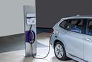 中国政府考虑放开电动车外资股比限制