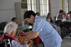 """报告称中国养老护理人才缺口或达千万 产业被指""""空心化"""""""
