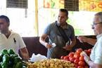 连土豆都限购的古巴菜市场 折射岛国转型路