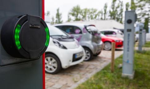 柏林欧洲能源科技园(EUREF)内的充电站