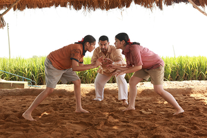 Bollywood Flick Wrestling Gender Stereotypes Wins at China Box Office