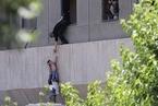 德黑兰议会及霍梅尼墓遭袭击 至少12人死亡