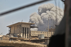 """围剿IS:摩苏尔""""最后一战""""打响  10万居民恐成人肉盾牌"""