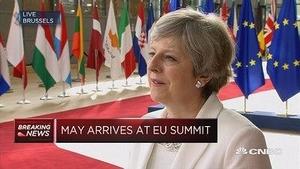 英国首相:旅居英国的欧盟公民无需离开