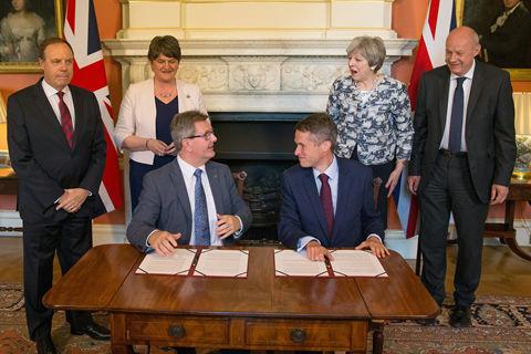英保守党和北爱小党谈妥合作