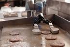 做汉堡的机器人Flippy