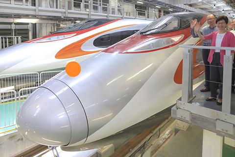 香港高铁列车内部设计曝光