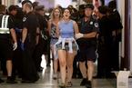 美国示威者闯入国会抗议新医改法案 百余人被捕