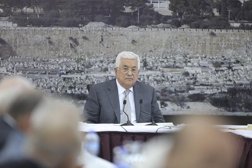 巴勒斯坦停止与以色列联系 直到宗教圣地设安检门争议解决