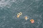 货船惠州海域沉没 粤港联手救出12名落水船员