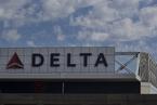"""达美""""截和""""失败 美航终获北京机场起降时刻"""