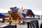 这个夏天你卖力工作的时候,凭什么欧洲人全去放假了?