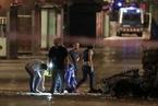 巴塞罗那发生恐袭 货车碾压行人致13人死亡